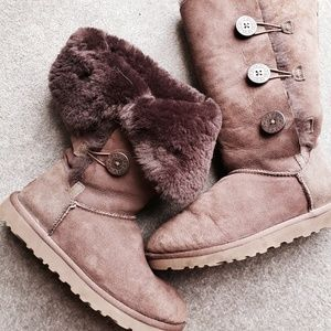 {UGG} Button Boots